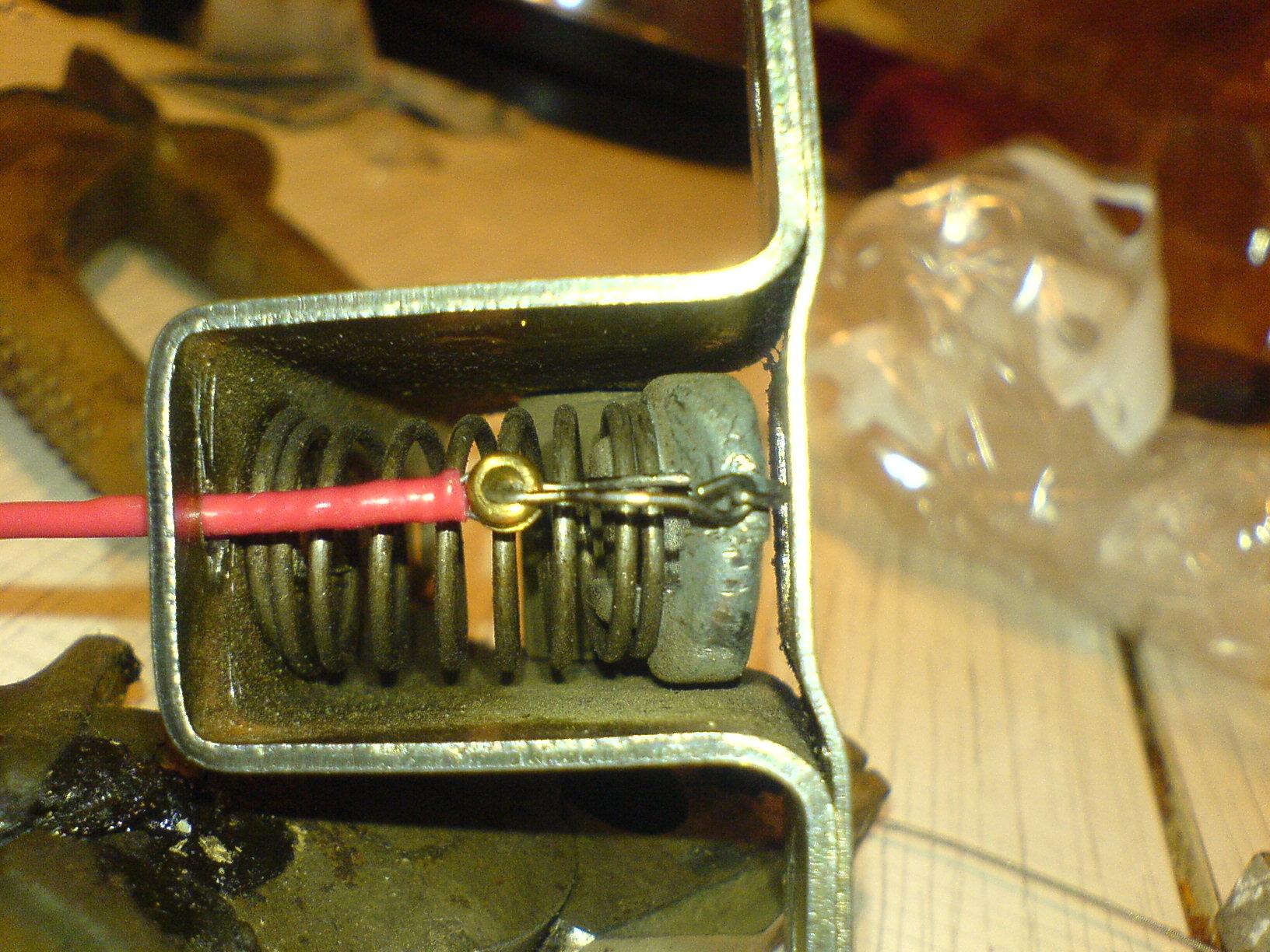 Как сделать электропривод замка багажника в ваз 4